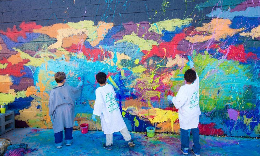 first graders help paint mural in downtown la crosse wizm 92 3fm