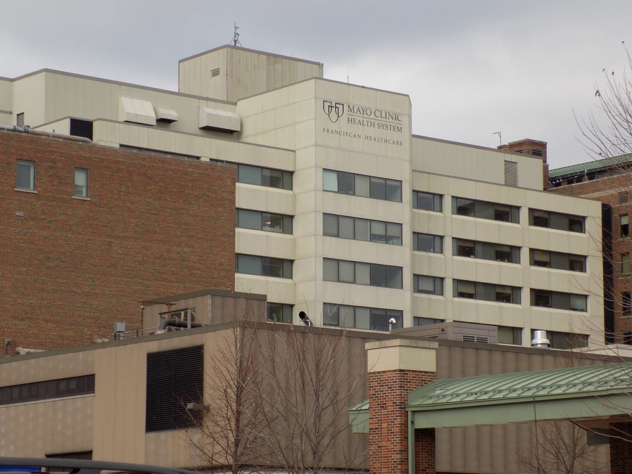 Mayo Health System announces layoffs at La Crosse location
