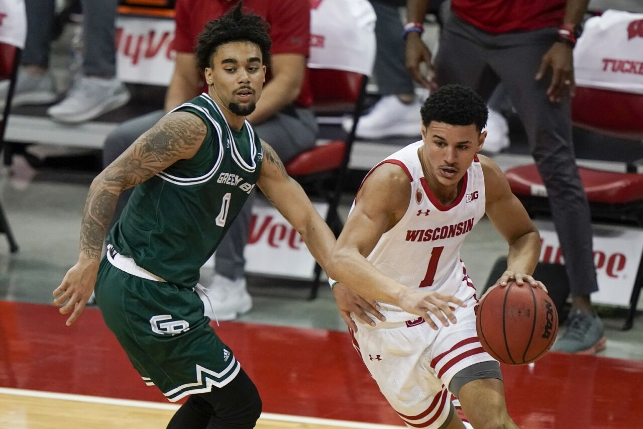 Badgers, Cardinals game postponed due to COVID-19